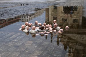 isaac-cordal-and-34follow-the-leaders-and-34-gendarmenmarkt-2011-en12033